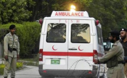 Gas cylinder explosion kills 13 bus passengers in Pakistan