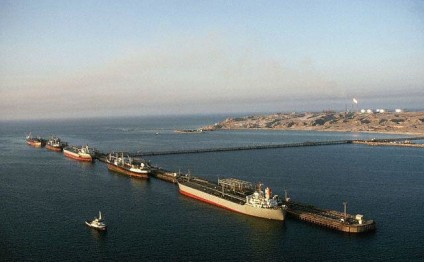 Iran terminal gears up to receive big tankers amid sanctions lift