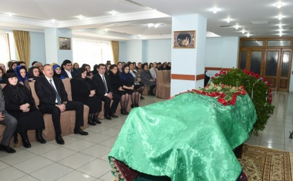 Ilham Aliyev attends farewell ceremony for People's Poet Zalimkhan Yagub