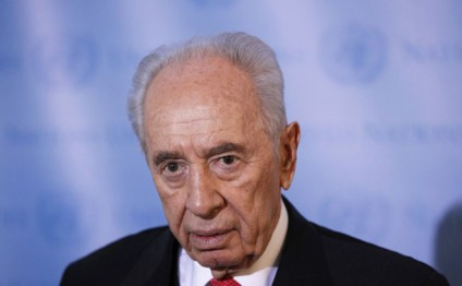 Shimon Peres undergoes successful emergency heart procedure