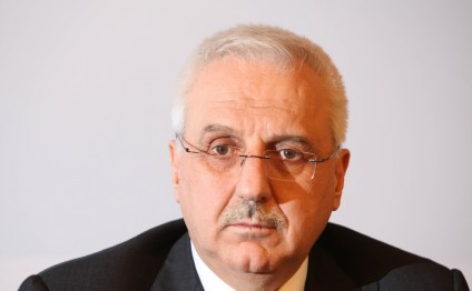 Head of Turkish electricity transmission company submits resignation letter